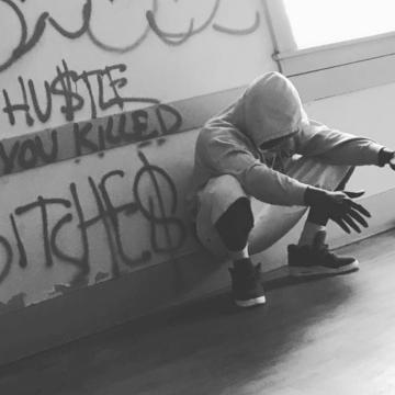 Hustle Crowe